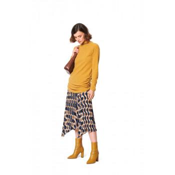 Burda Pattern 6067 Misses' Top with Raglan Sleeves