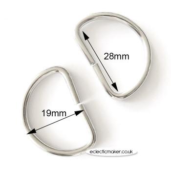 D Rings in Silver - 28mm