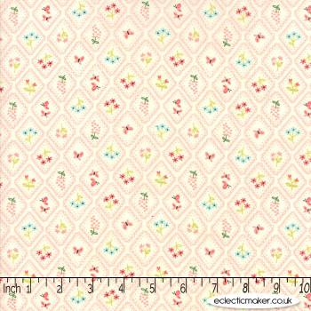 Moda Fabrics - Home Sweet Home - Garden Cameo Wallpaper in Cream Pink